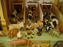 Antiker, originaler Bauernhof, Tiere und Figuren, Elastolin, Antique TOY FARM dated about 1890