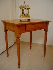 Louis-Seize-Tischchen, Kirschholz, Louis-Seize-Table, Cherry-wood